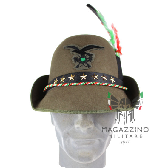 Alpino Dismissing Mountain Gathering Hat complete with Frieze and Pen